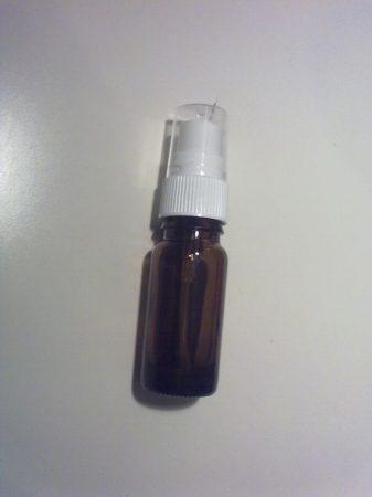 10 ml barna folyadéküveg szórófejjel
