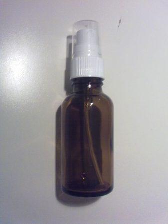 20 ml barna folyadéküveg szórófejjel